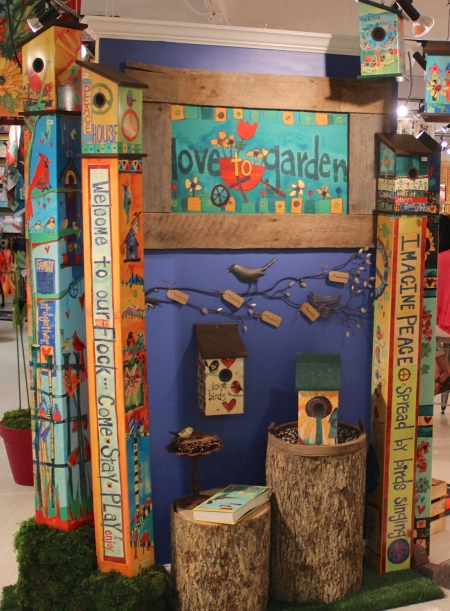 Birdhouses and Birdhouse Art Poles